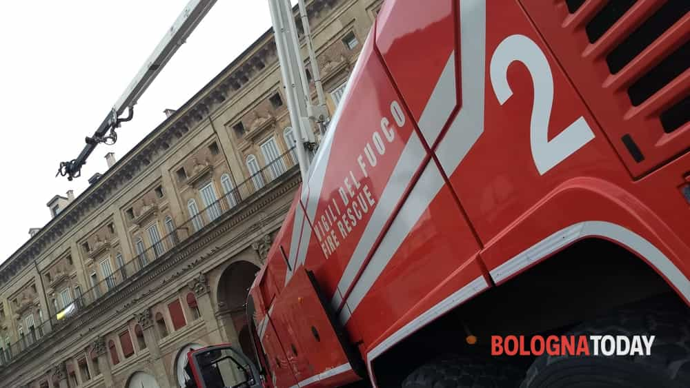 I Vigili del Fuoco fanno festa in Piazza Maggiore