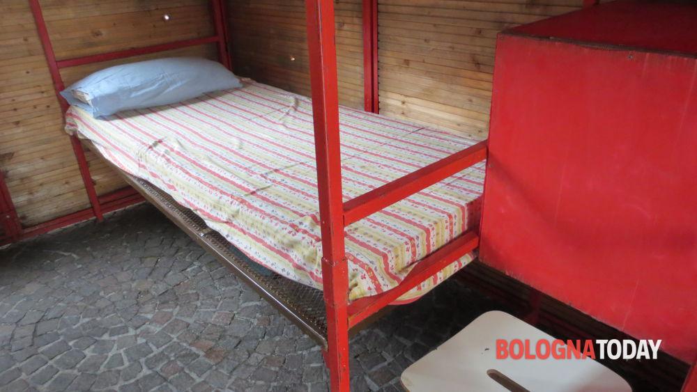 Letti A Castello Bologna.Una Cella In Piazza Come Si Vive In Carcere