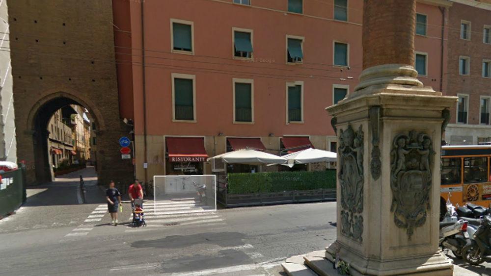 """Piazza Malpighi, festa dell'Immacolata: oggi traffico vietato e deviazioni bus per la """"Fiorita"""""""