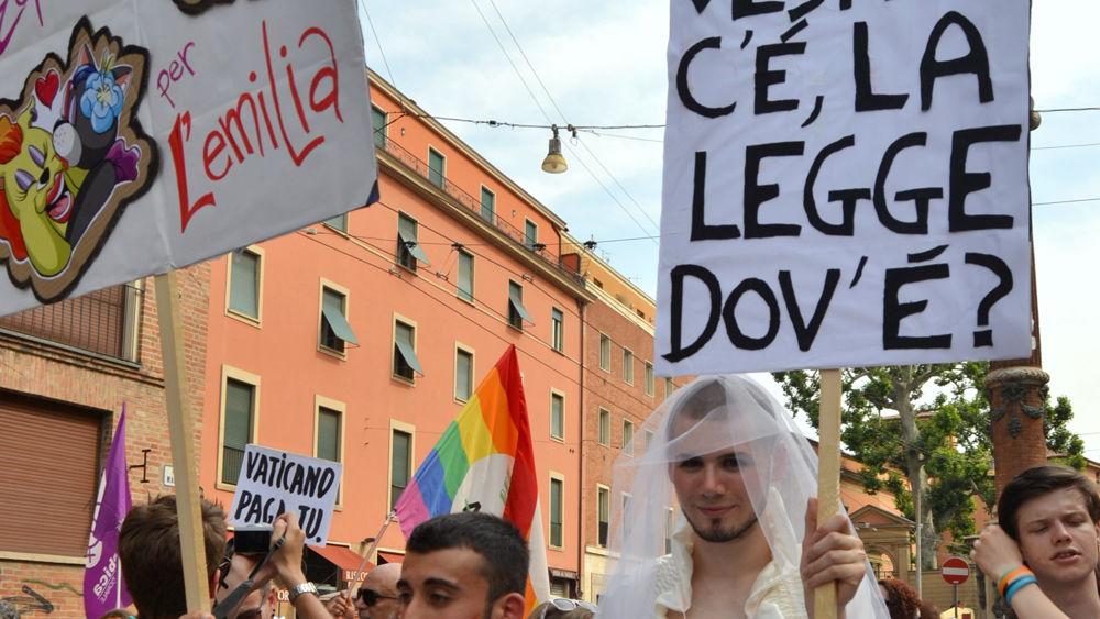 Ufficio Matrimoni Bologna : A trieste sala matrimoni preclusa alle unioni civili cronaca