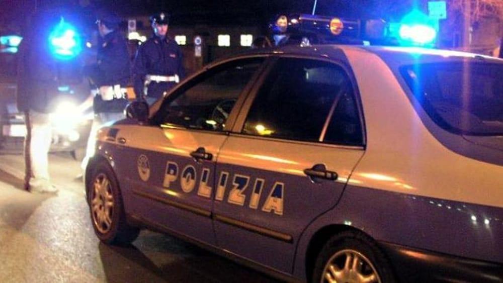 Esplosione nella notte a Borgo Panigale, ordigno danneggia sede Forza Nuova