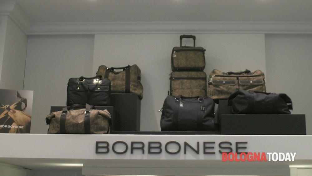separation shoes 6c17d f5b8f Contraffazioni | Intervista a Borbonese: come riconoscere un ...